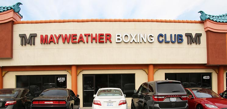 98829cc411c5 ... the Mayweather Promotions Youtube Channel. View Channel